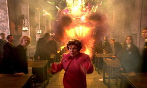 Terrified-Umbridge-cause-by-WeasleyTwins-Fireworks