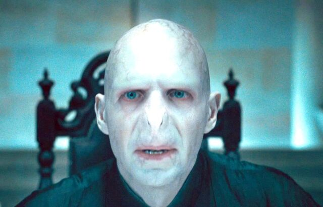 File:Voldemort at Malfoy Manor (Chapter 1).jpg