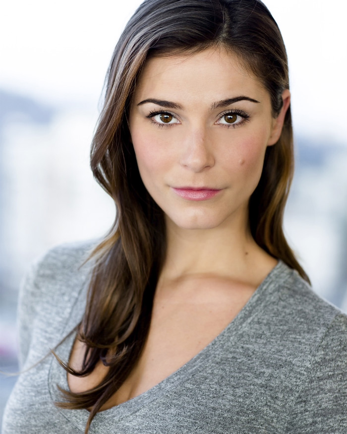 elysia rotaru on arrow
