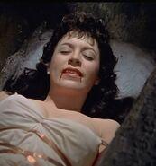 Vampire woman 002