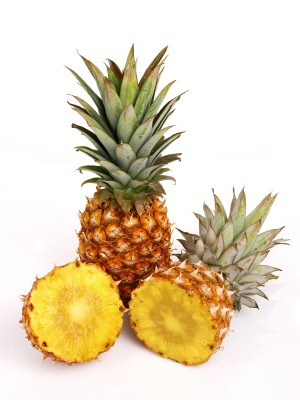 File:Pineapples.jpg
