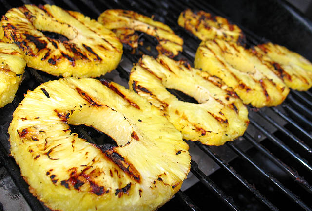 File:Grilled pineapple.jpg