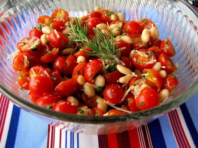 File:Chry tomato salad.jpg
