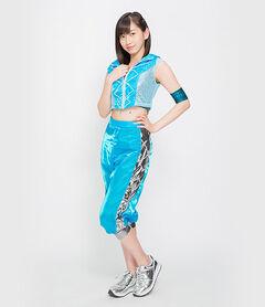 Profilefull-uemuraakari-20160810