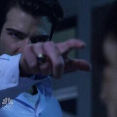 Sylar cutting Angela