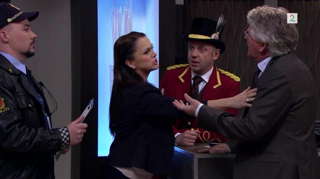 Fil:Monica roer Pelle og Arnfinn ned.png