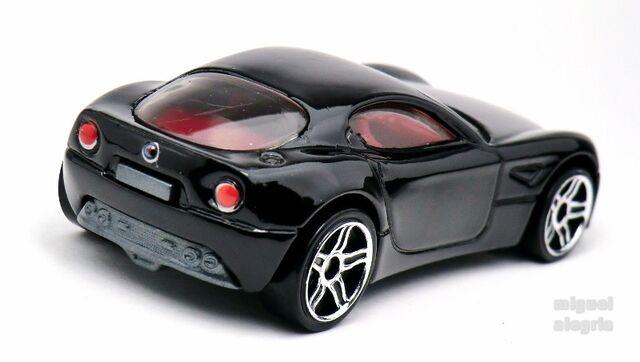 File:Alfa Romeo 8C-2014.jpg