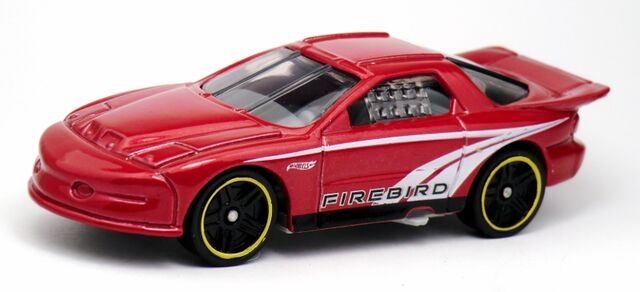 File:IROC Firebird-2013 5-Pack.jpg