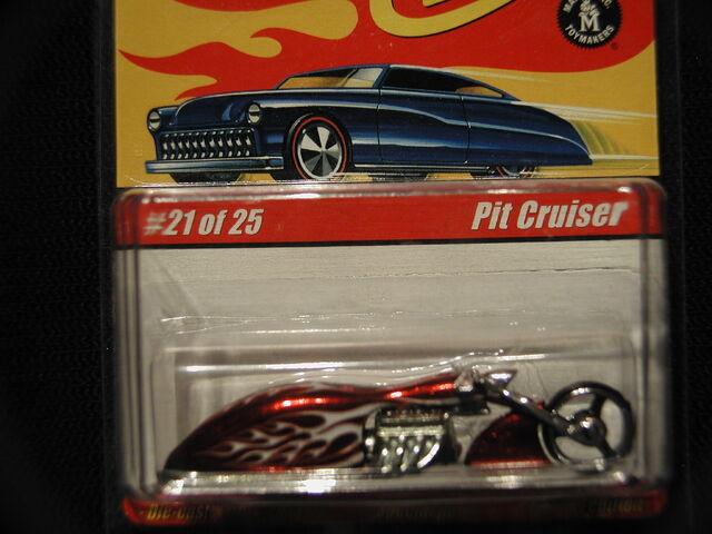 File:Classic S1 Pit Cruiser 21-25.jpg