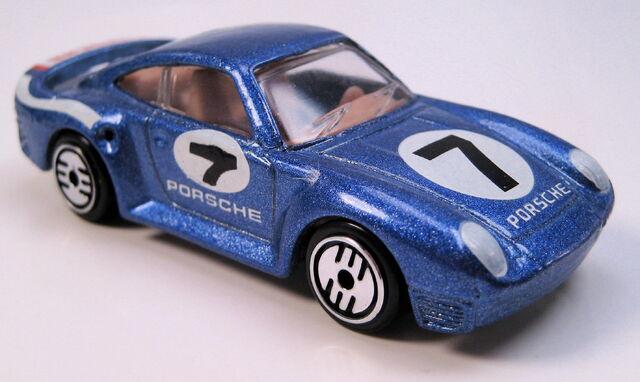 File:Porsche 959 blue metallic, UH, metal MAL base, speedshift 500 set car.JPG