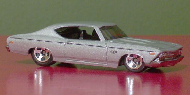 File:69 Chevelle 800x400 2.jpg