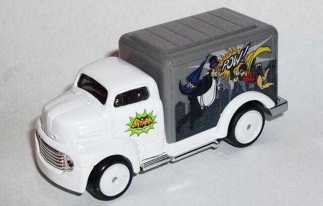 File:HW-Batman Classic TV Series-'49 Ford COE-Penguin..jpg
