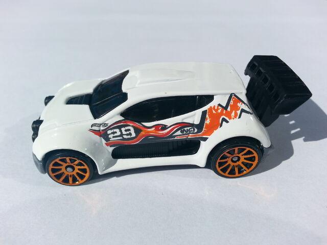 File:Fast 4WD side.jpg