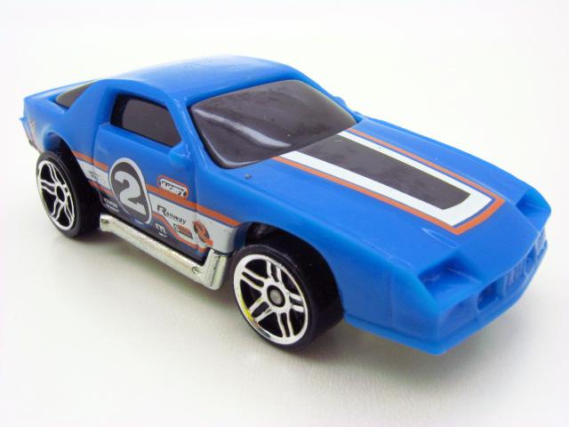 File:MM 83 Camaro Z28.jpg