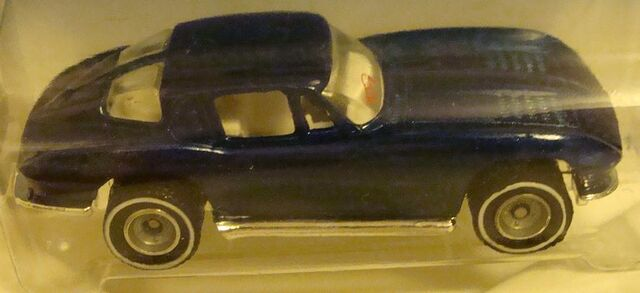 File:358 Treasure Hunt '63 Corvette Split Window.jpg
