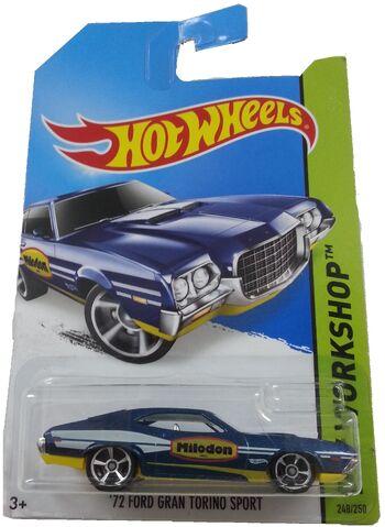 File:1972 Ford Torino Sport 2014 Milodon.jpeg