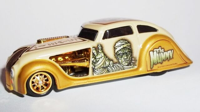 File:HW-2013-Universal Monsters-1934 Chrysler Airflow-The Mummy.jpg
