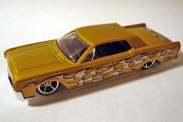 File:HW '64 Continental.JPG