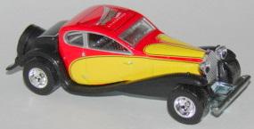 File:'37 Bugatti RedYelRR.JPG