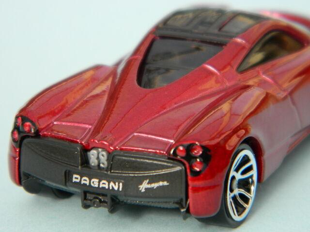 File:Pagani 2013.jpg