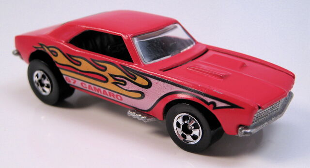 File:67 camaro red enamelblack int clear glass BW metal HK base.JPG