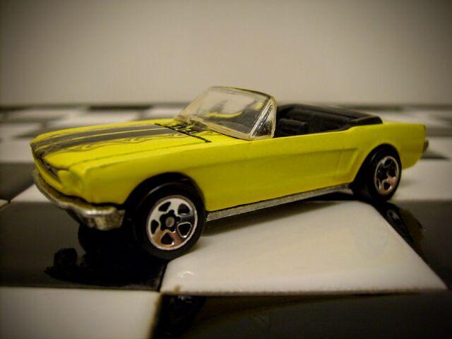 File:Hot Wheels '65 Mustang Convertible 2007.JPG