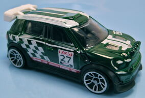 12 mini Countryman Rally 2013 HW Stunt