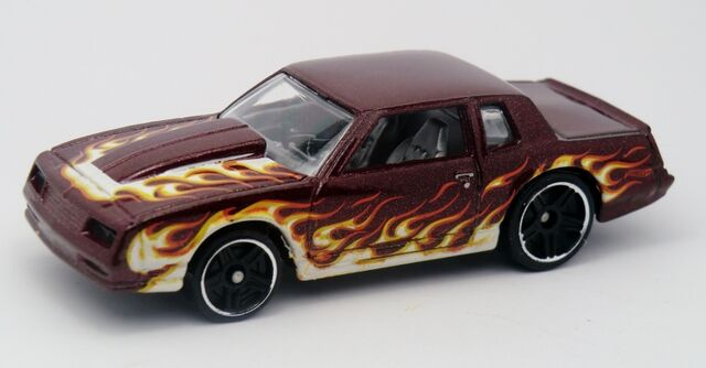 File:'86 Chevy Monte Carlo SS-2013 216.jpg