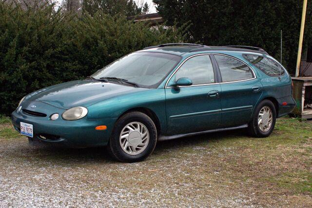 File:1996 Ford Taurus GL Station Wagon - 02942df.jpg