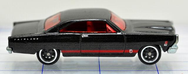 File:66-ford-fairlane gt-black-hw (2).jpg