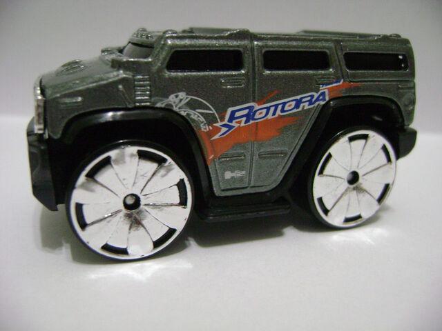 File:2007-Blings Hummer H2.jpg