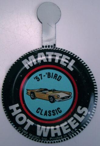 File:Collector button 57 'Bird Classic USA.JPG