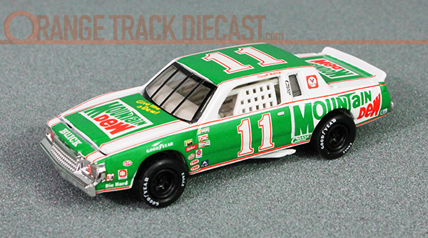 File:'81 Buick Regal - 01 HW Select Nascar copy.jpg
