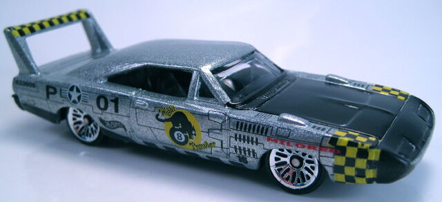 File:'70 dodge daytona charger rod squadron series 2001.JPG