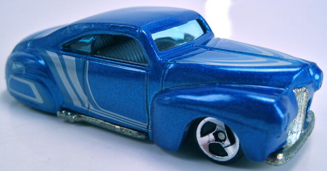 File:Tail Dragger blue metallic 2000.JPG