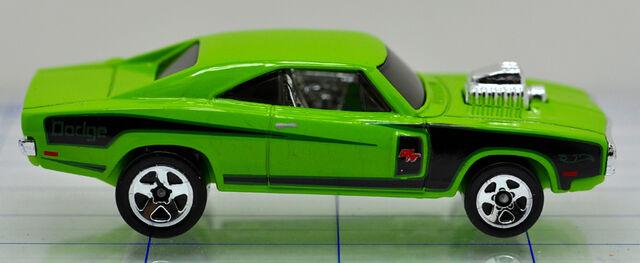 File:70-dodge-charger rt-green-hw (2).jpg