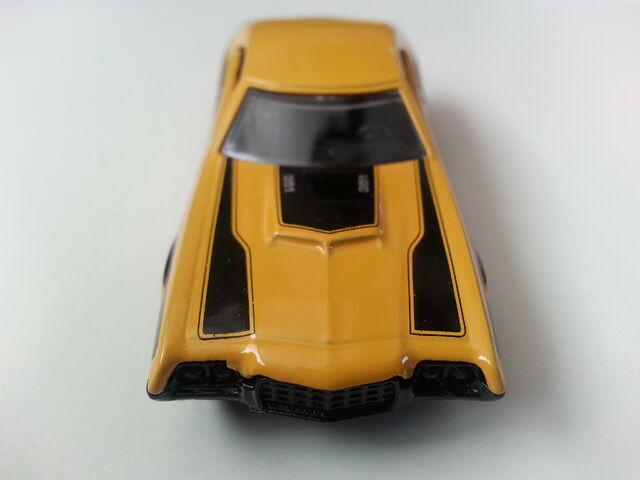 File:'72 Ford Gran Torino Sport front.jpg