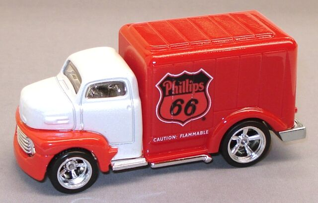 File:49FordCOE Delivery.JPG