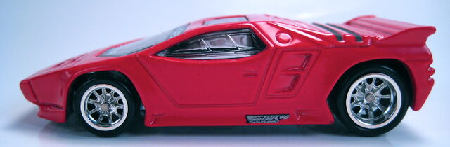 File:Vector W8 Twinturbo red Blvd.JPG
