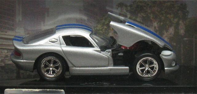 File:Viper GTS Silver.jpg