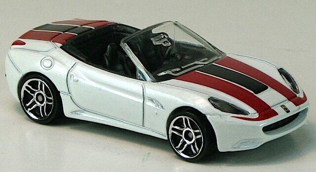 File:2012-FerrariCalifornia-White.jpg