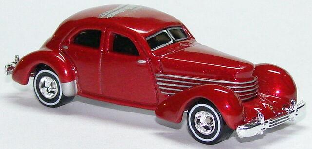 File:1936 Cord RedR.JPG