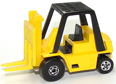 File:CAT Forklift Yel.JPG