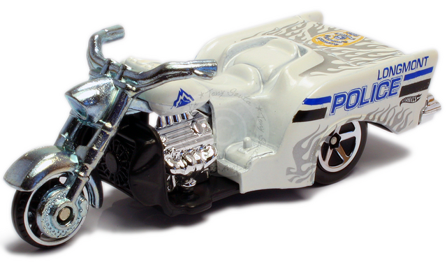 File:Boss hoss motorcycle 2011 white.png