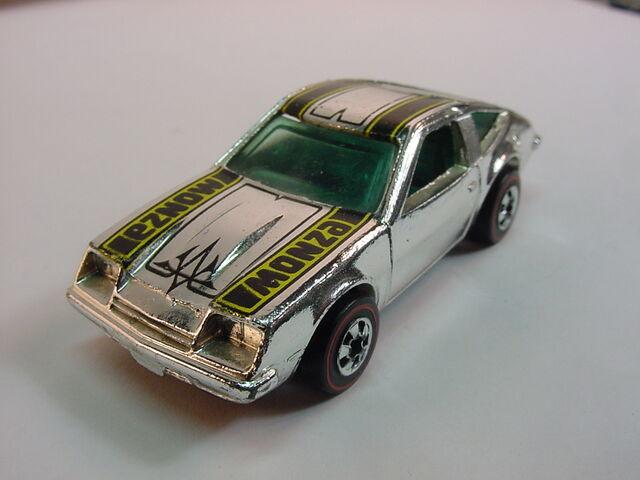 File:Chevy monza 2 2 SC RL.jpg