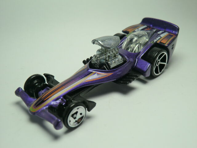 File:Madfast 126-2011 Purple .JPG