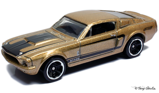 File:67 shelby gt-500 2011 gold.png