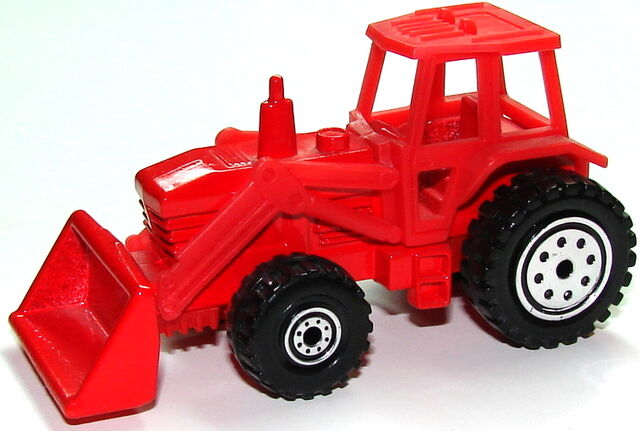 File:Tractor Red.JPG