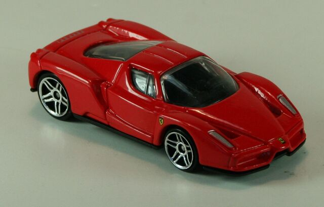 File:2003-FE-EnzoFerrari-Red.jpg