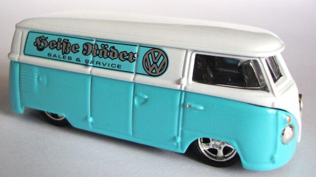 File:Volkswagen Panel Bus (Limited Edition).JPG